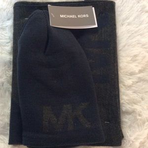 Michael Kors Hat & Scarf Set Charcoal Grey & Blue